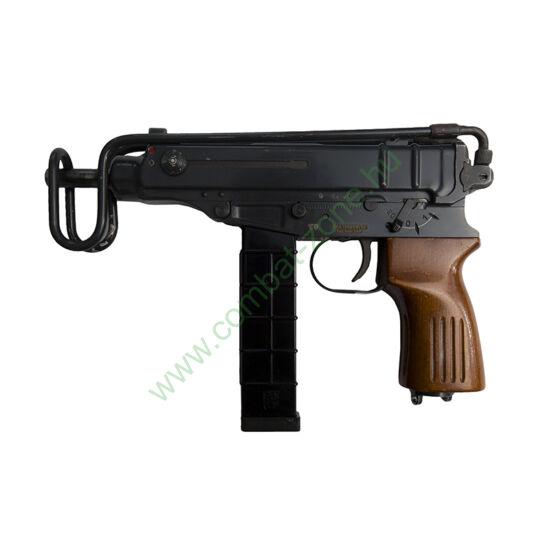 VZ-61 Scorpion élesből átalakított gáz-riasztó pisztoly